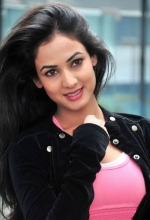 Sonal Chauhan from Shorshe Online