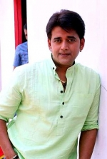 Ravi Kishan from Shorshe Online