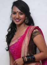 Sruthi Hariharan from Shorshe Online
