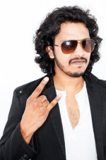 Nakash Aziz from Shorshe Online